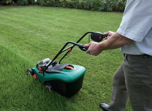 Как правильно выбирать садовую технику